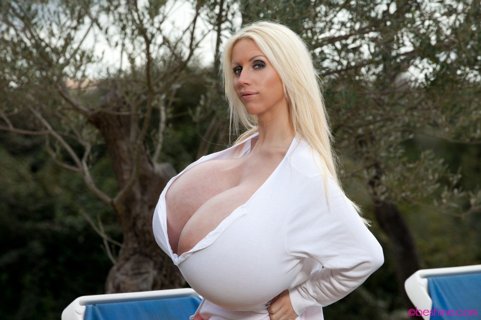Biggest boobs in the world naked galleries 52
