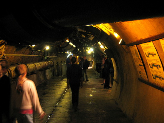 bangstyle.com  entertainment  Top 10 Underground Walks of the World