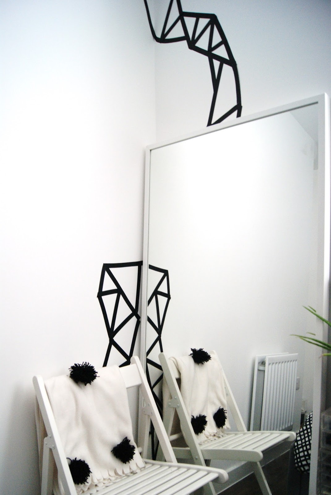 Black Wall Geometric Art Tape DIY