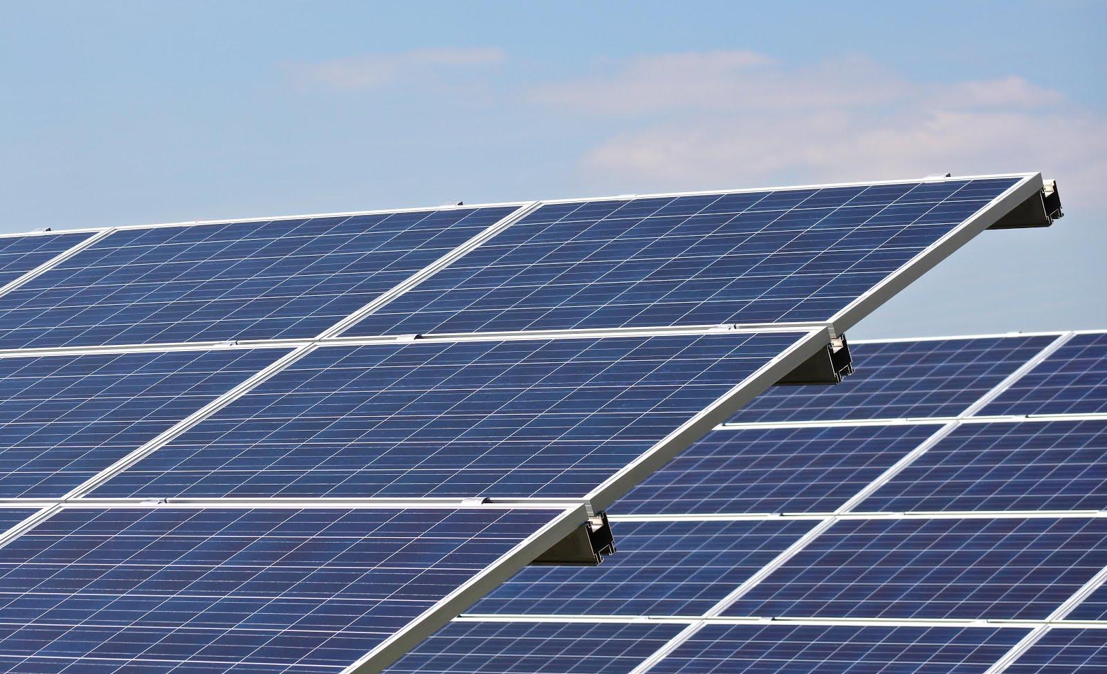Http Sensiblequote Blogspot Com 2013 01 Solar Panel Installer Html
