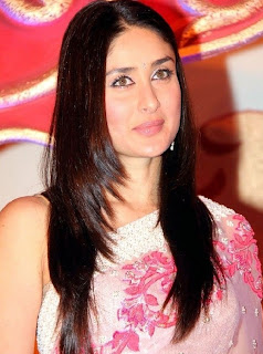 kareena in trans pink saree