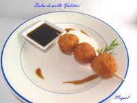 Bolitas de pollo con salsa Yakitori