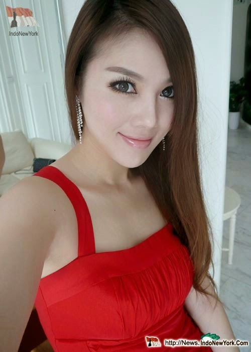 Zhu Songhua, guru, cantik, sexy, hot, model, spg, semok,