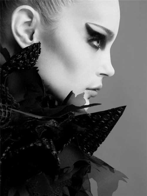 fashion,fashion blog,black and white,monochrome,photography,because fashion has no limits,jessica stam,jessica stam photos,@limitlessfashion.blogspot.com
