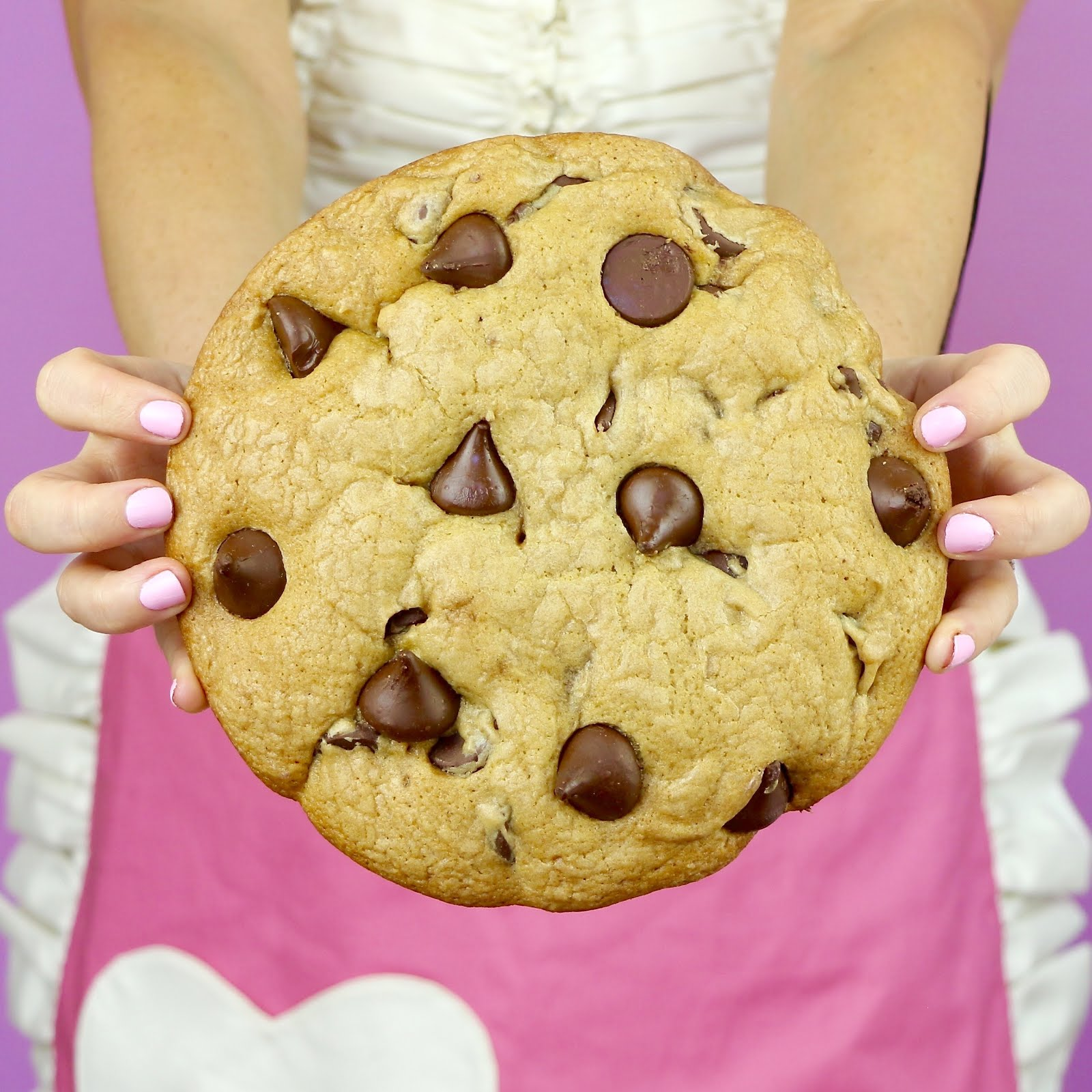 Giant Chocolate Chip Cookies - Lindsay Ann Bakes