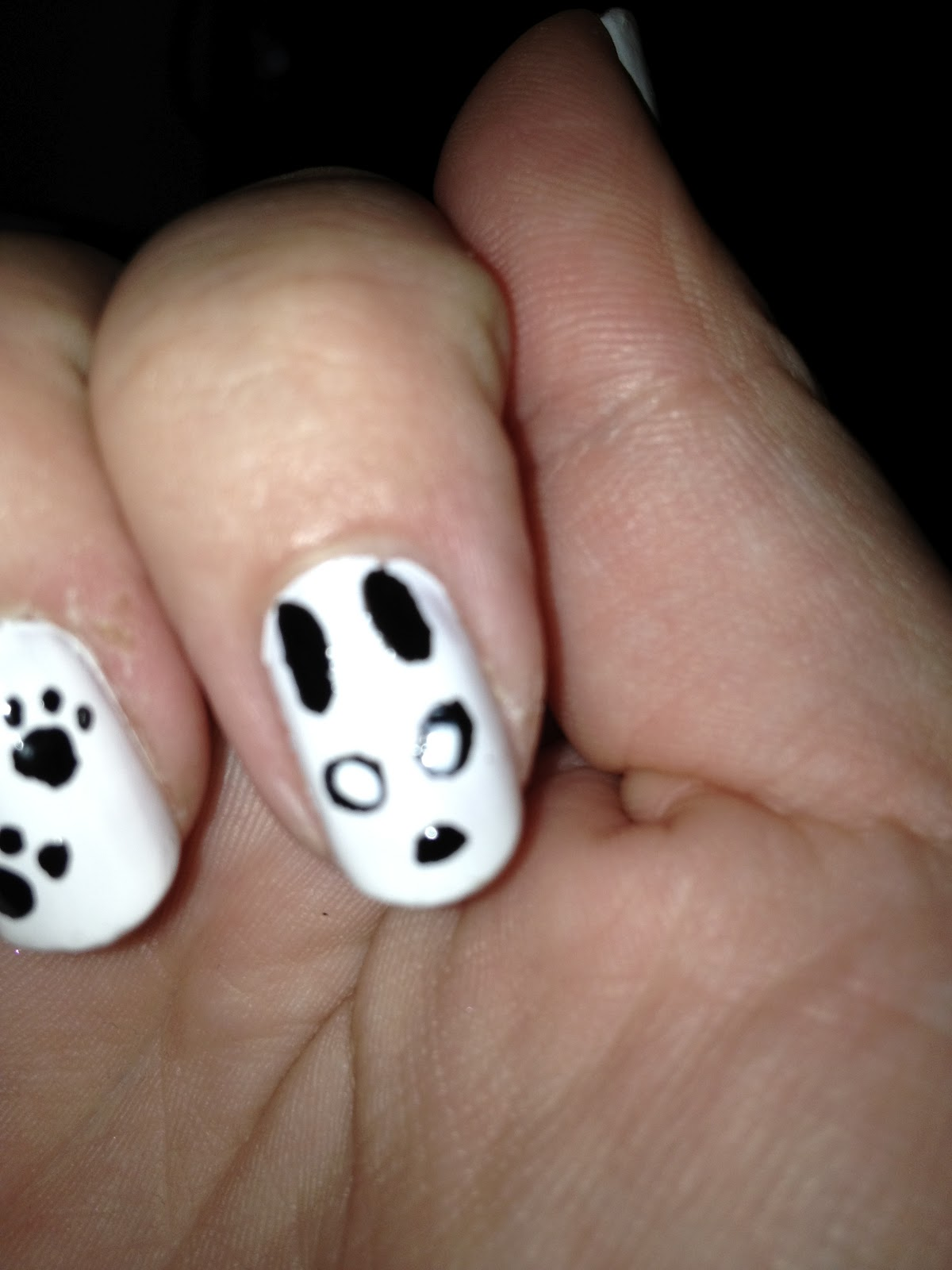 Panda Nail Design http://www.kelseykate.co.uk/2012_06_01_archive.html