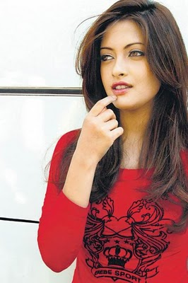 Riya Sen Hot Pictures