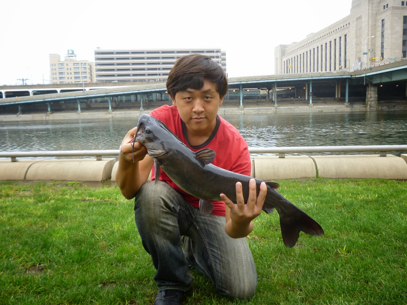 Extreme philly fishing 6th catfish tourney on the banks for Extreme philly fishing