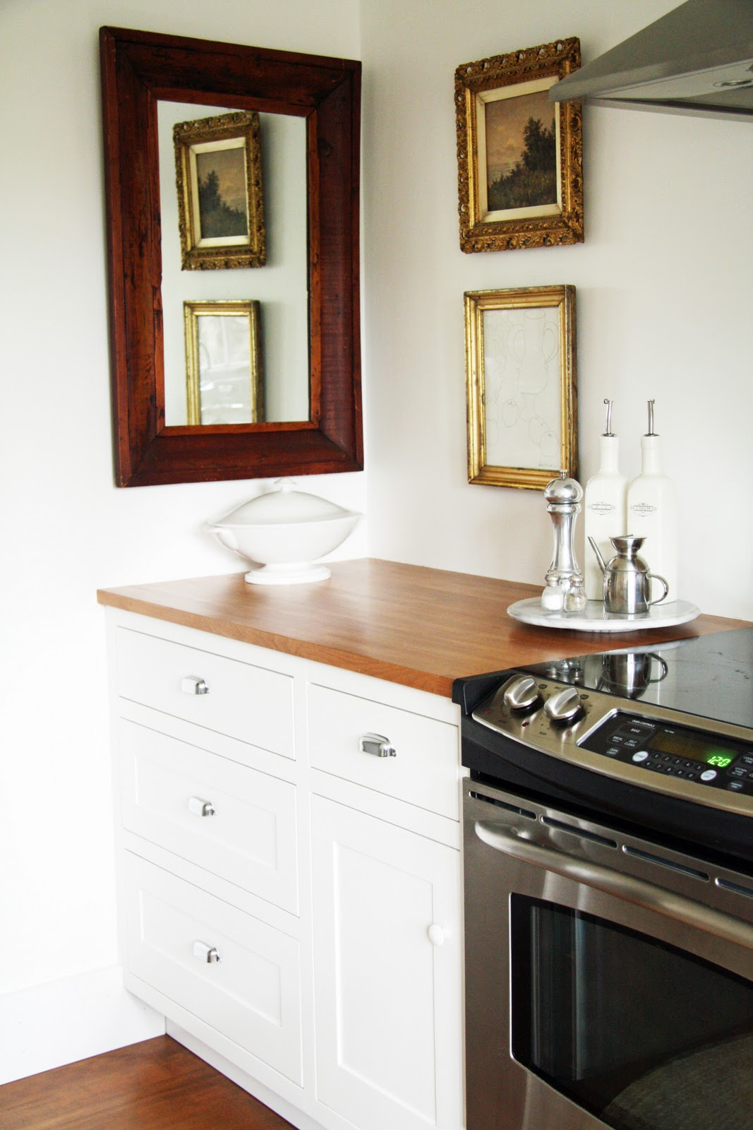 Country Farmhouse Kitchen in the fields : the kitchen
