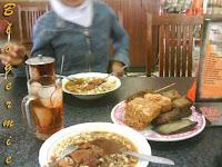 Warung makan Rawon Nguling