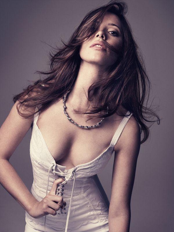 Rebecca Hall Bikini Pics Celebrity Hot Wallpapers And Photos