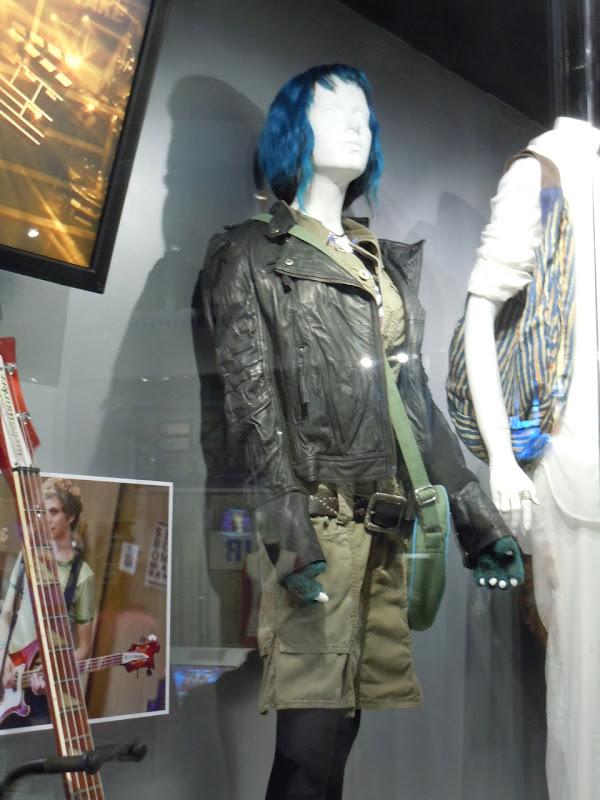 Ramona Flowers film outfit Scott Pilgrim