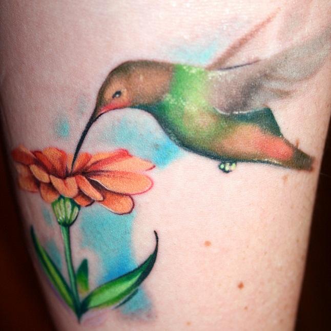 tattoos of humming bird flowers and hummingbird tattoos. Black Bedroom Furniture Sets. Home Design Ideas
