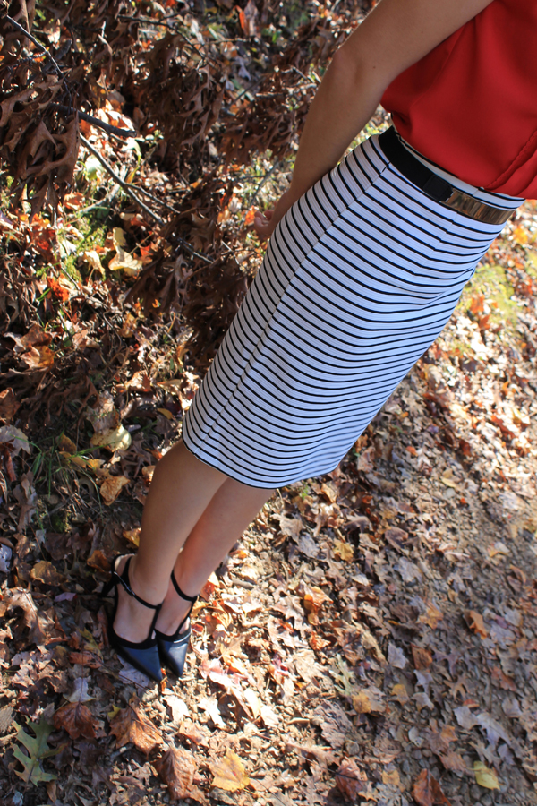 fall outfit, fall outfit ideas, my style, naturally me, stripes, red, pencil skirt, striped pencil skirt, Target pencil skirt, black heels, red top, work wear