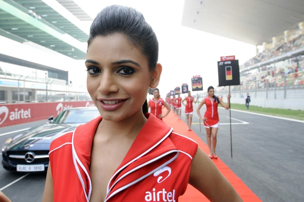2012 AIRTEL INDIAN F1 GRAND PRIX - GRID GIRLS [ CLICK FOR LARGER IMAGE ]