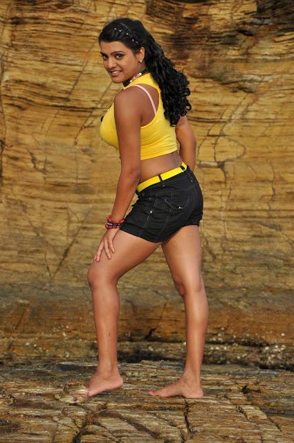Tashu Koushik Spicy Bold Photos