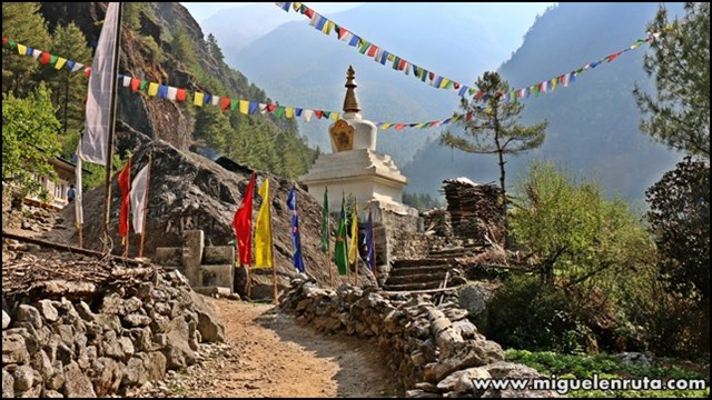 Phakding-Namche-Bazzar-Trek-CB-Everest_5