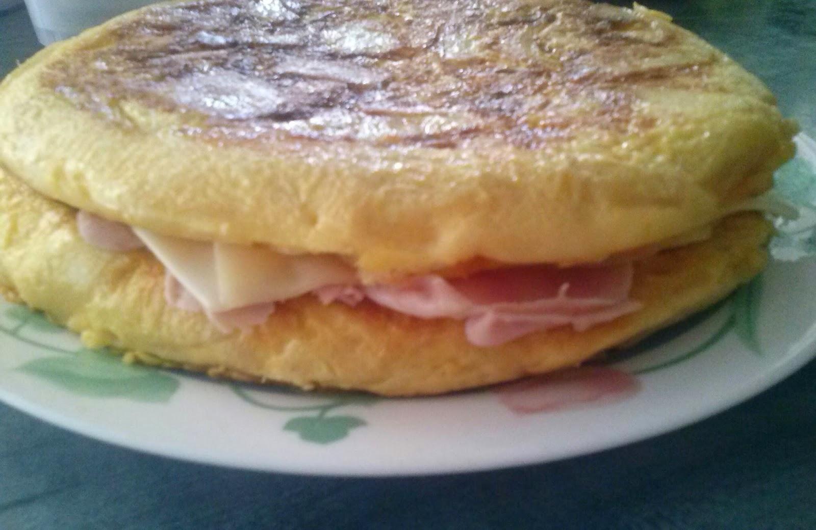http://anaverita.blogspot.com.es/search?q=tortilla+rellena