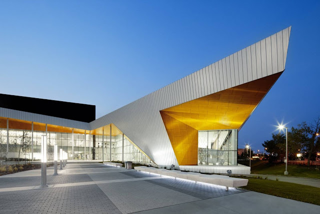 02-Commonwealth-Community-Recreation-Center-by-MJMArchitects