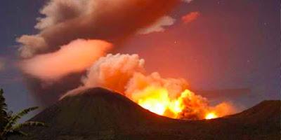 volcan Lokon Indonesia
