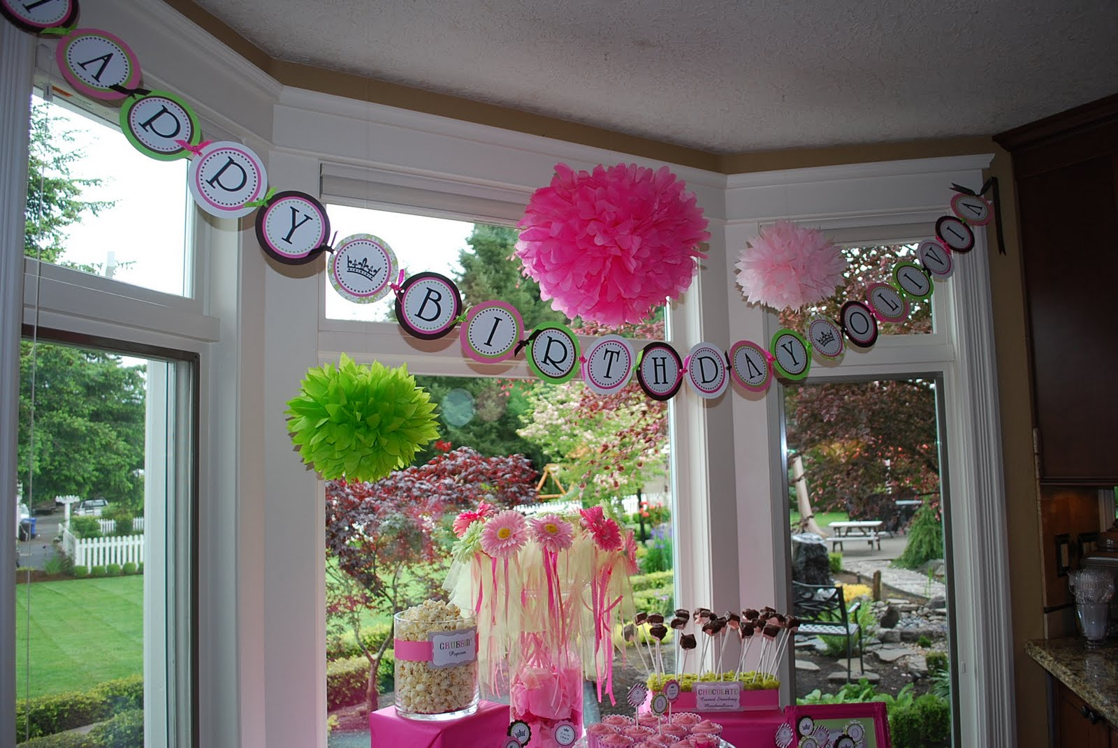 1st Birthday Decoration Ideas At Home Part - 28: Iu0027m Definitely Doing The Poofs Seen In These Photos. Donu0027t You Just Love  The Grouping Of Them In The Babyu0027s Room In The Corner Of The Room.