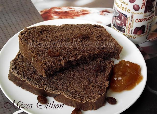 fűszeres kakaós kalács kenyérsütőgépben fotó
