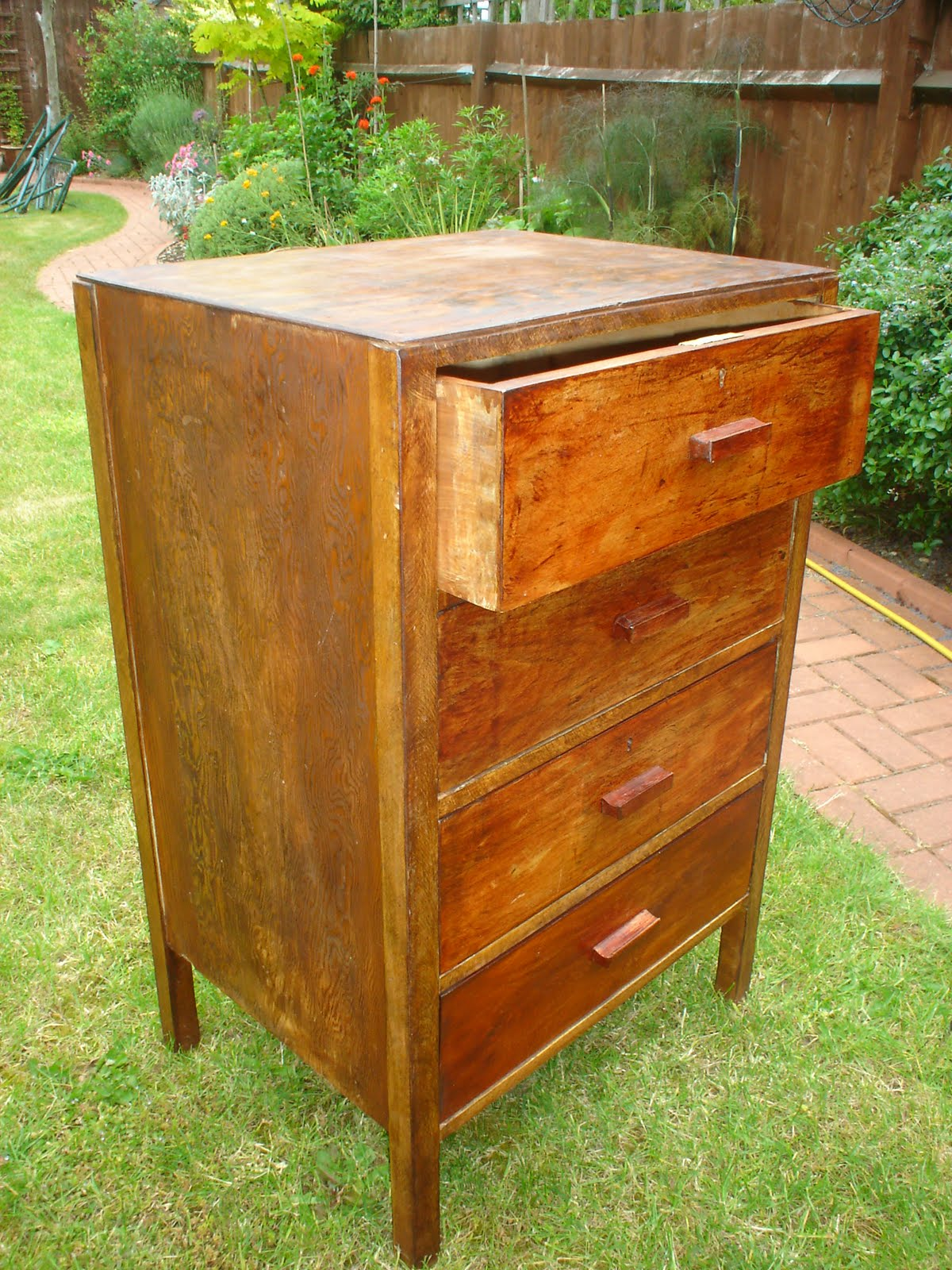 Smithys Painted Furniture Beachy Drawers