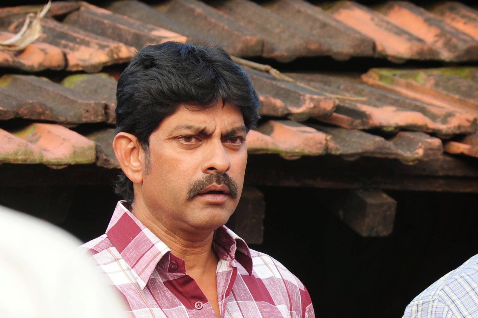 jagapathi babus hithudu movie stills