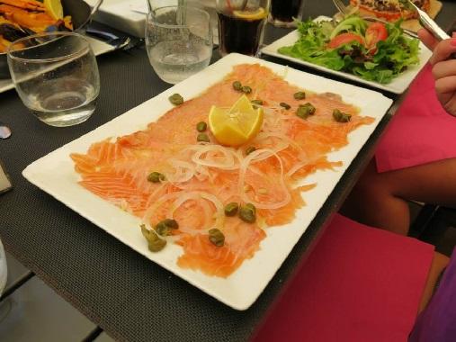 Grand Café Carpaccio de Saumon