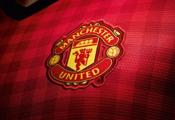 Manchester united fc logo 2013 wallpapers pictures manchester united fc logo 2013 wallpaper info voltagebd Image collections