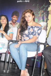 boom actress namitha pics 5
