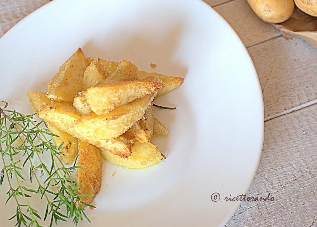 Patate al forno e sabbiose ricetta vegetariana