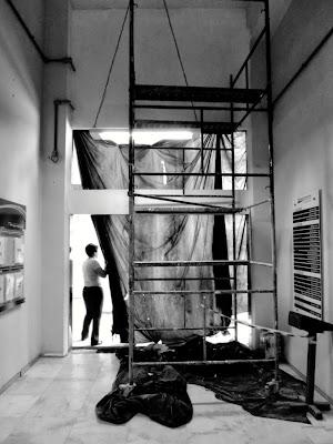 Em construção, by Guillermo Aldaya / PhotoConversa