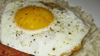 Arroz con Pimientos y Huevos