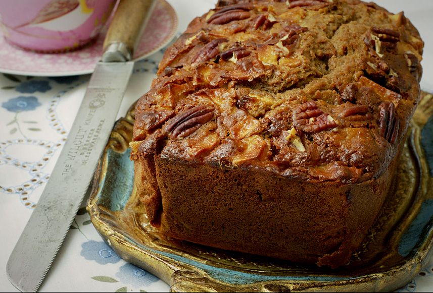 Sticky Apple and Gingerbread Pecan Loaf