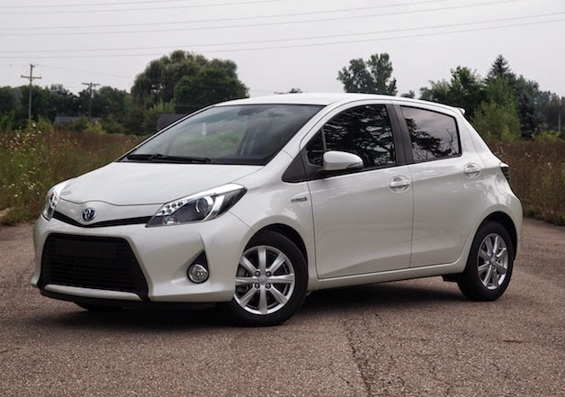 toyota yaris new model 2015 price spacs and all colors in