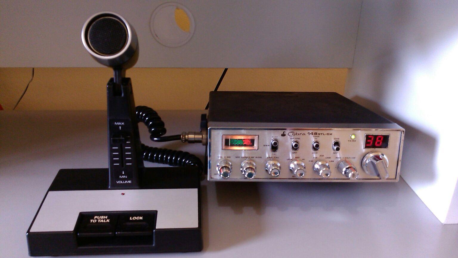 NOVO RADIO NO QTH, KIT COMPLETO DA DÉCADA DE 80