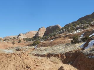 red sandstone rocks in new mexico