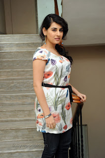 Archana Latest Gorgeous Looking Pictures 009.jpg
