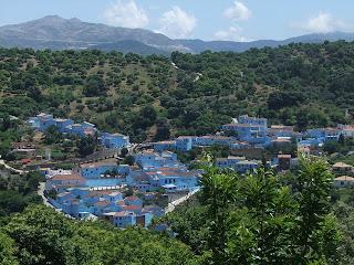 Júzcar, el primer pueblo Pitufo del mundo, decide hoy si continúa siéndolo