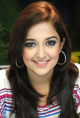 singer monali thakur