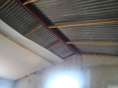 La casa de la totora agosto 2011 for Como hacer un techo economico para casa