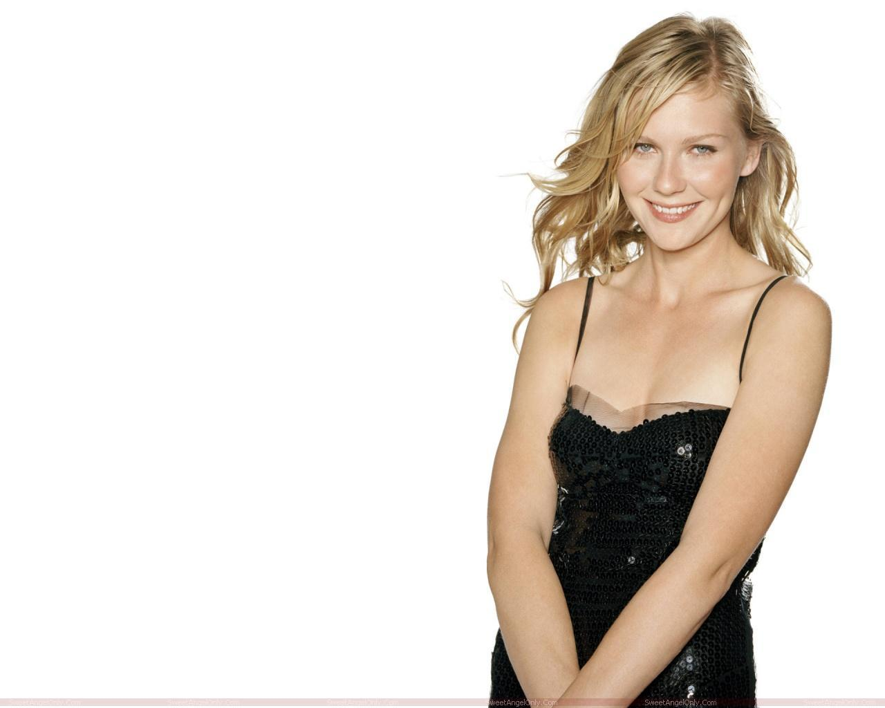 Booty Me Now Kirsten Dunst Hot Wallpapers