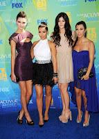 kim kardashian On Two Teen Choice Awards