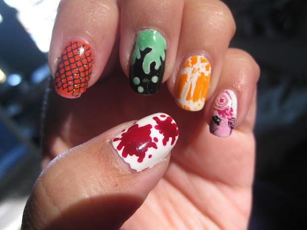 simple halloween nail design