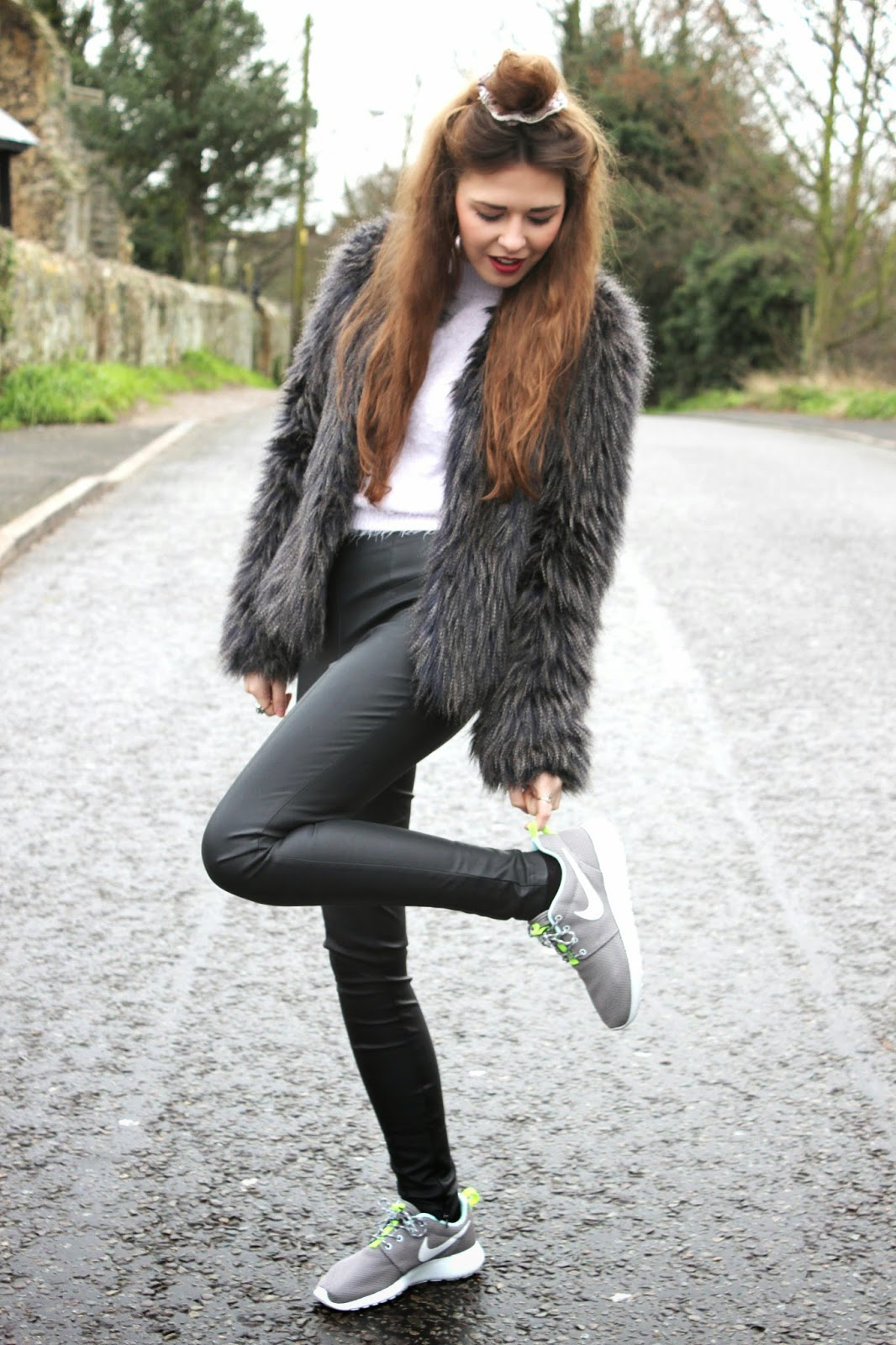 FAUX_FUR_JACKET_from_minnies_boutique_leather_trousers_worn_by_fashion_blogger