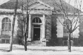 Image: Old Oshawa Public Library, built in 1909, south west corner of Simcoe and Athol Streets. Source: OurOntario.ca
