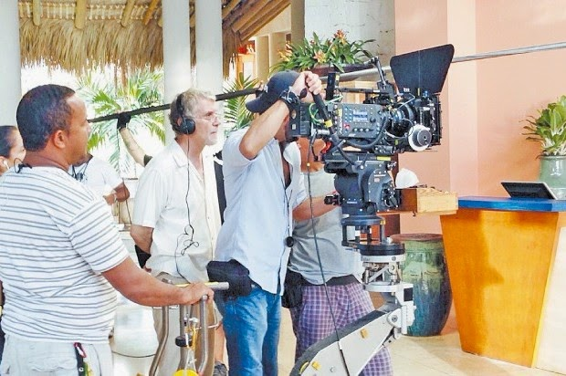 """Indomina Group anunció el inicio del rodaje de la producción """"Cómplices en Cap Cana"""", una comedia romántica que representa la primera película dominicana con distribución internacional, a cargo de Pantelion Films."""