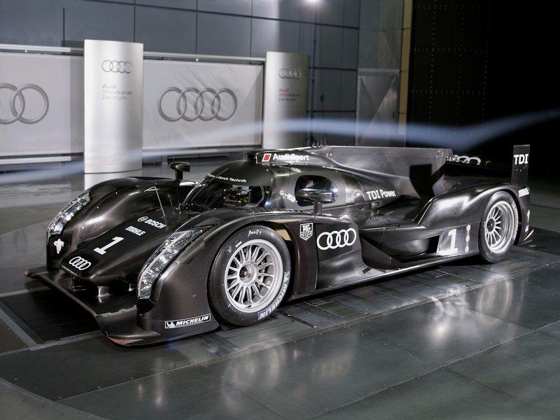 صور سيارة اودى ار 18 2011 - اجمل خلفيات صور عربية اودى ار 18 2011 - Audi R18 Photos 6.jpg