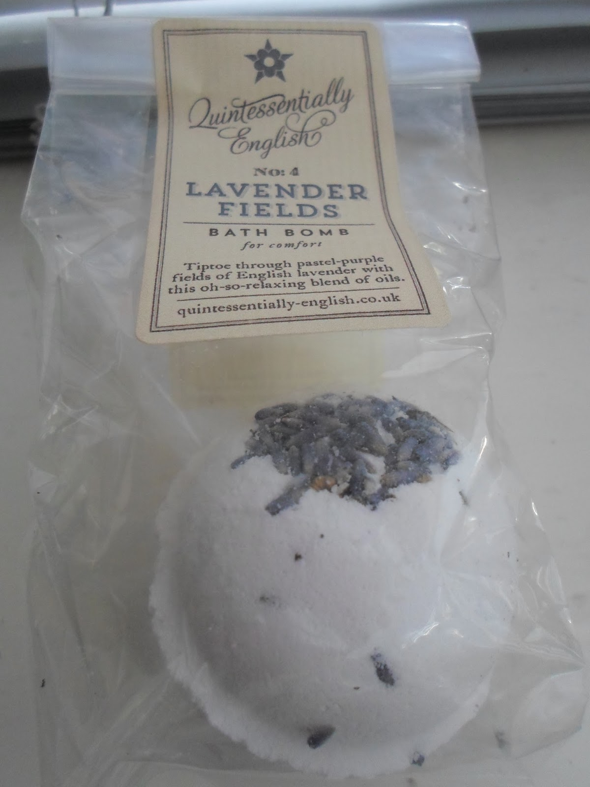 Quintessentially English Lavender Fields Bath Bomb